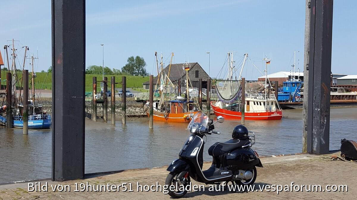 Fedderwardersiel, Am Hafen, 26969 Butjadingen - Vespa GTS 300