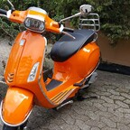 Vespa Sprint 125 orange